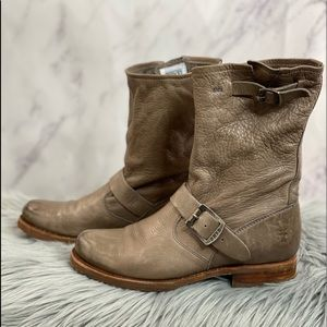 Frye Veronica Slouch boot 7 taupe combat moto
